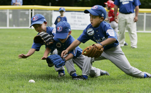 2015-04-08-1428529193-124544-BaseballSummerCamp