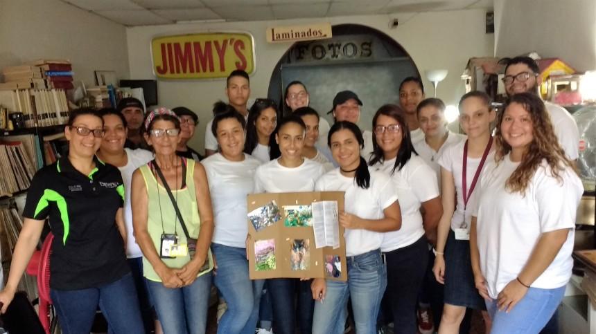 ESTUDIANTES ENFERMERIA JAY COLLEGE.jpg
