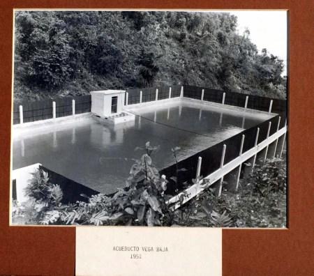 fotografc3ada-historica-acueductos-de-vega-baja-1951