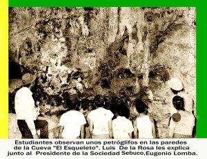 0067 Arq Profesores De la Rosa y Lomba con estudiantes en Cueva El Esqueleto